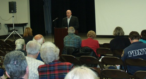 David Wahba, from Rolling Hills Estates, speaks at Feb 6 RHA General Meeting