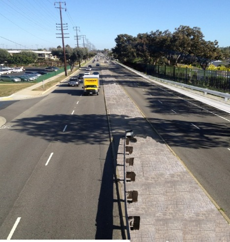 PCH fence and guardrail rendering. (Photo courtesy Torrance Public Works Dept)